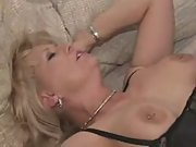 Mature mother seduces her sons best friend